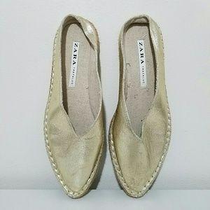 Zara Gold Espadrille Pointed Toe Flats Sz 41/10.5